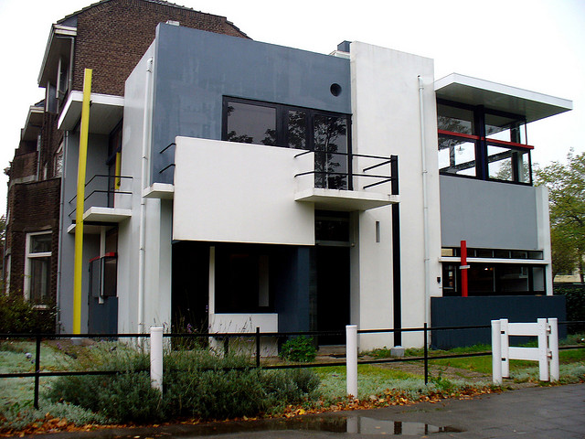 Gerrit Rietveld, Schröder House, Utrecht, Holland, 1924, Photo by HB, Flickr, Creative Commons Attribution License.
