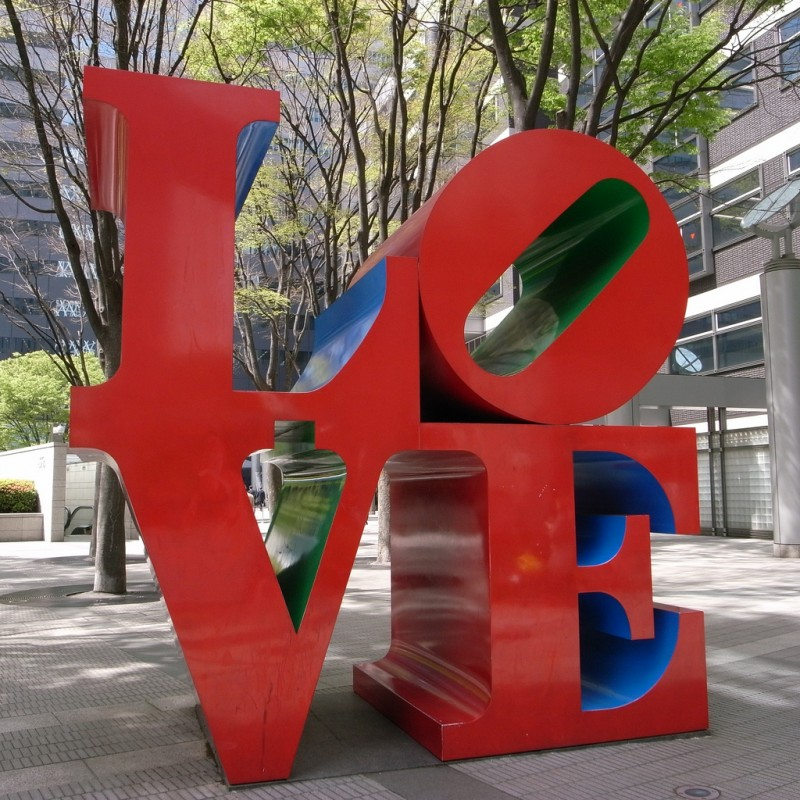 Robert Indiana, Love, original 1970, Shinjuku I-LAND Tower in Nishi-Shinjuku office district in Tokyo, Japan, Photo by TYO via Flickr, Creative Commons Attribution-NonCommercial-ShareAlike 2.0 Generic License.